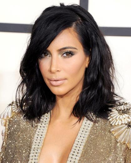 kim-kardashian-wavy-hairstyle